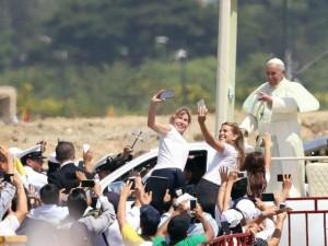 Pope-Francis-Guayaquil-Ecuador-640x480